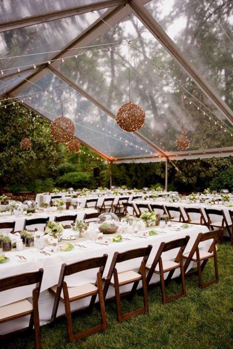 32+ Beauty Sweet and Romantic Backyard Wedding Decor Ideas