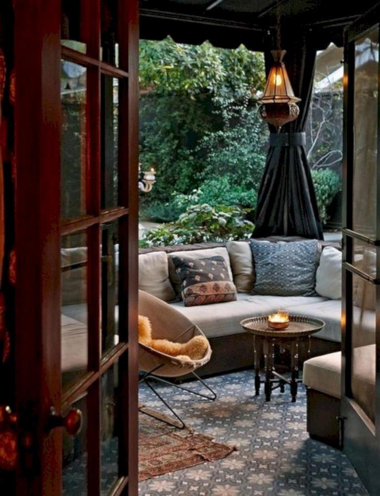 46 Cozy Relaxing Moroccan Living Room Decoration Ideas